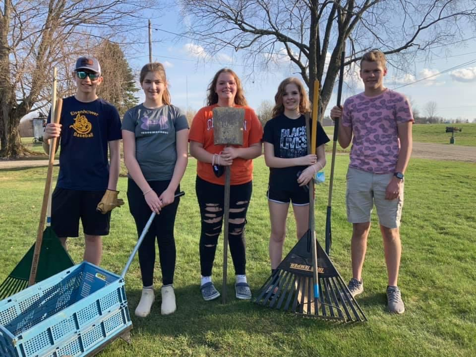 Spring Yard Clean Up by Youth 2021